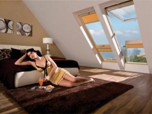 Fakro remporte le prix du design pour sa nouvelle fen tre for Fenetre de toit balcon